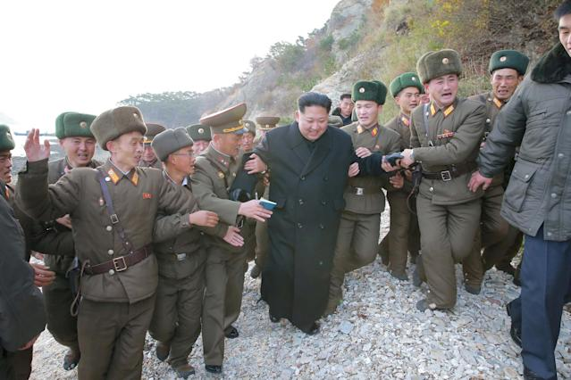 North Korean leader Kim Jong Un inspects the defense detachment on Mahap Islet in the western sector of the front in this undated photo released by North Korea's Korean Central News Agency (KCNA) in Pyongyang Nov. 11, 2016. (Photo: KCNA via Reuters)
