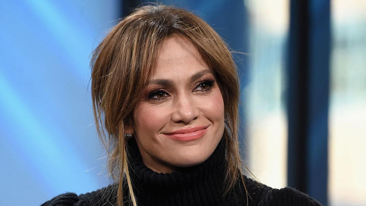 Jennifer Lopez is finally closing a deal to sell her epic Hidden Hills estate  and you have to see it to believe it.