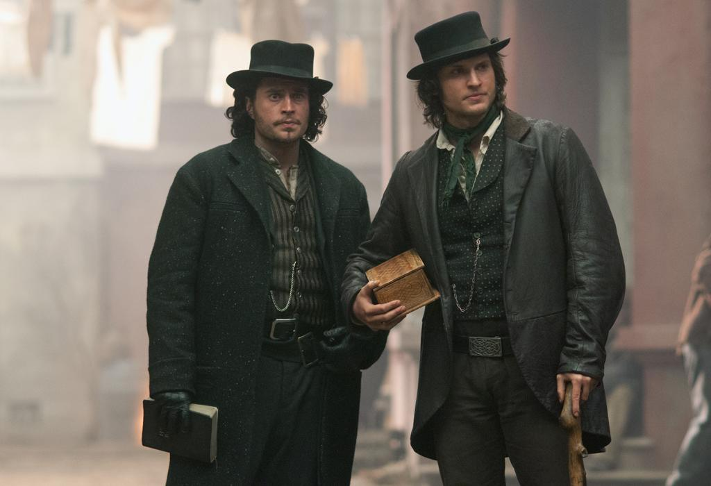 "<p><b>Copper</b> (Sunday, 8/19 on BBCA)<br><br>  The first original series for BBC America is this period drama set in the 1860s about an Irish American cop in the Five Points neighborhood. Like ""Gangs of New York,"" but for TV. The fact that it's co-created by Tom Fontana (""Homicide,"" ""Oz"") means it's well worth finding BBCA in your channel lineup.</p>"