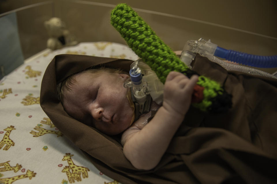NICU babies at a Texas hospital got the Star Wars treatment. (Photo: Baylor Scott & White McLane Children's Medical Center – Temple)