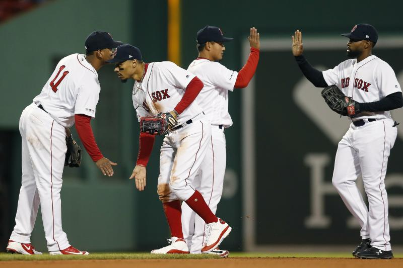 Porcello gets first win, Red Sox beat Tigers 7-3