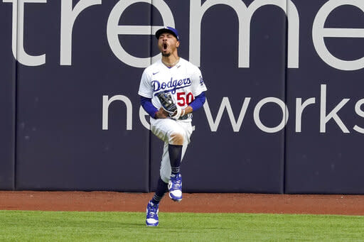 Betts, With Another Great Grab, Shows What Dodgers Wanted