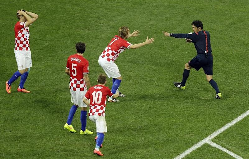 Nude photos distract Croatia's Cup campaign