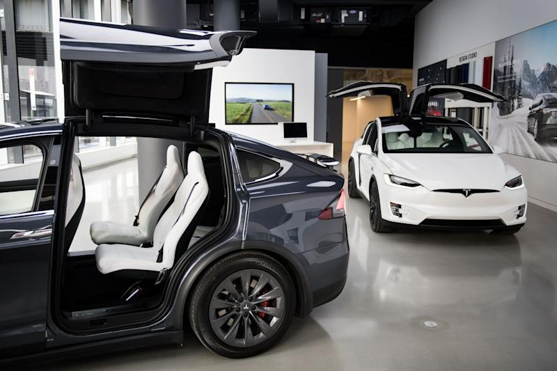 Tesla Is Selling Solar, Cars And Home Batteries, All Under One Roof