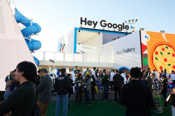 """<img alt=""""""""/><p><a rel=""""nofollow"""" href=""""http://mashable.com/category/ces/"""">CES</a> is the best place to get a sense of what's hot and not in technology.</p> <p>As gadget-packed as this year's show was — we <a rel=""""nofollow"""" href=""""http://mashable.com/2018/01/09/best-tech-ces-2018/"""">crowned our favorite tech from CES here</a> — it also provided good insight on the tech trends that'll influence our lives.</p> <div><p>SEE ALSO: <a rel=""""nofollow"""" href=""""http://mashable.com/2018/01/08/ihome-releases-google-assistant-smart-speaker/"""">iHome just launched a new Google Assistant-enabled clock radio</a></p></div> <p>Which companies and product categories rose to the top and which ones flamed out? Here are the winners and losers of CES 2018.</p> <h2><strong>WINNERS</strong></h2> <h2>Google Assistant</h2> <p><img title=""""Google's huge booth across from the Las Vegas Convention Center."""" alt=""""Google's huge booth across from the Las Vegas Convention Center.""""></p> <p>Google's huge booth across from the Las Vegas Convention Center.</p><div><p>Image:  Bridget Bennett/mashable</p></div><p>After getting crushed by Amazon Alexa <a rel=""""nofollow"""" href=""""http://mashable.com/2017/01/06/ces-winners-losers/"""">at CES 2017</a>, Google fired back from all directions with what seemed like <a rel=""""nofollow"""" href=""""http://mashable.com/category/google-assistant/"""">Google Assistant</a> integration in every gadget imaginable at this year's show. Everything from speakers, <a rel=""""nofollow"""" href=""""http://mashable.com/2018/01/09/google-smart-displays-amazon-echo-show-competitors-ces-2018/"""">speakers <em>with </em>displays</a>, TVs, and even <a rel=""""nofollow"""" href=""""http://mashable.com/2018/01/08/kia-google-assistant-niro-plug-in-soul-ev-optima-plug-in-k900/"""">Kia's cars</a> were injected with the Assistant's intelligence. Alexa also had its fair share of new supported products, but CES 2018 made it very clear the battle of the voice assistants (and the smart home for that matter) has only just begun.</p> <h2>Robot """