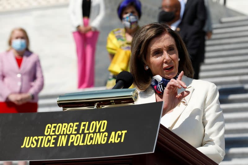 Republicans, Democrats 'irreconcilable' on chokeholds: Pelosi