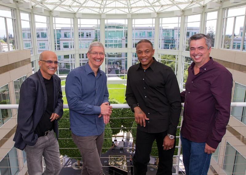 Dr. Dre with Apple executives