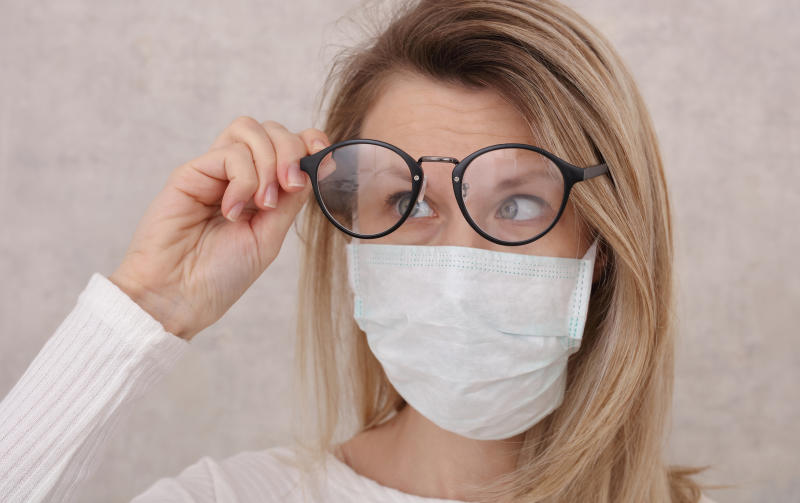 Glasses wearers have been finding their face mask is steaming up their lenses. (Getty Images)