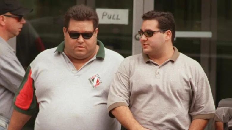 Angelo Musitano (right) and Pat Musitano leaving Provincial Court for lunch in 1998. Pat was killed in a shooting on Friday in Burlington. Angelo was killed in a targeted shooting outside his home in 2017. (Hamilton Spectator)