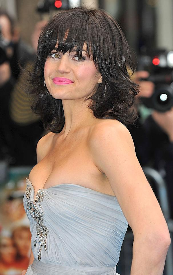 """The gorgeous Carla Gugino should know better. Neon lipstick is a no-no. Ferdaus Shamim/<a href=""""http://www.wireimage.com"""" target=""""new"""">WireImage.com</a> - April 5, 2009"""