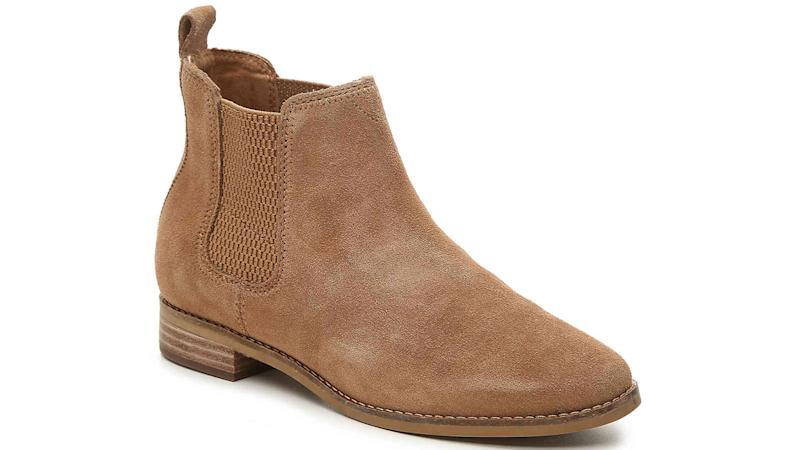 This classic Chelsea boot look is universally flattering.