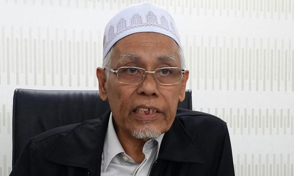 Transgender people should change appearance to enter mosques - mufti
