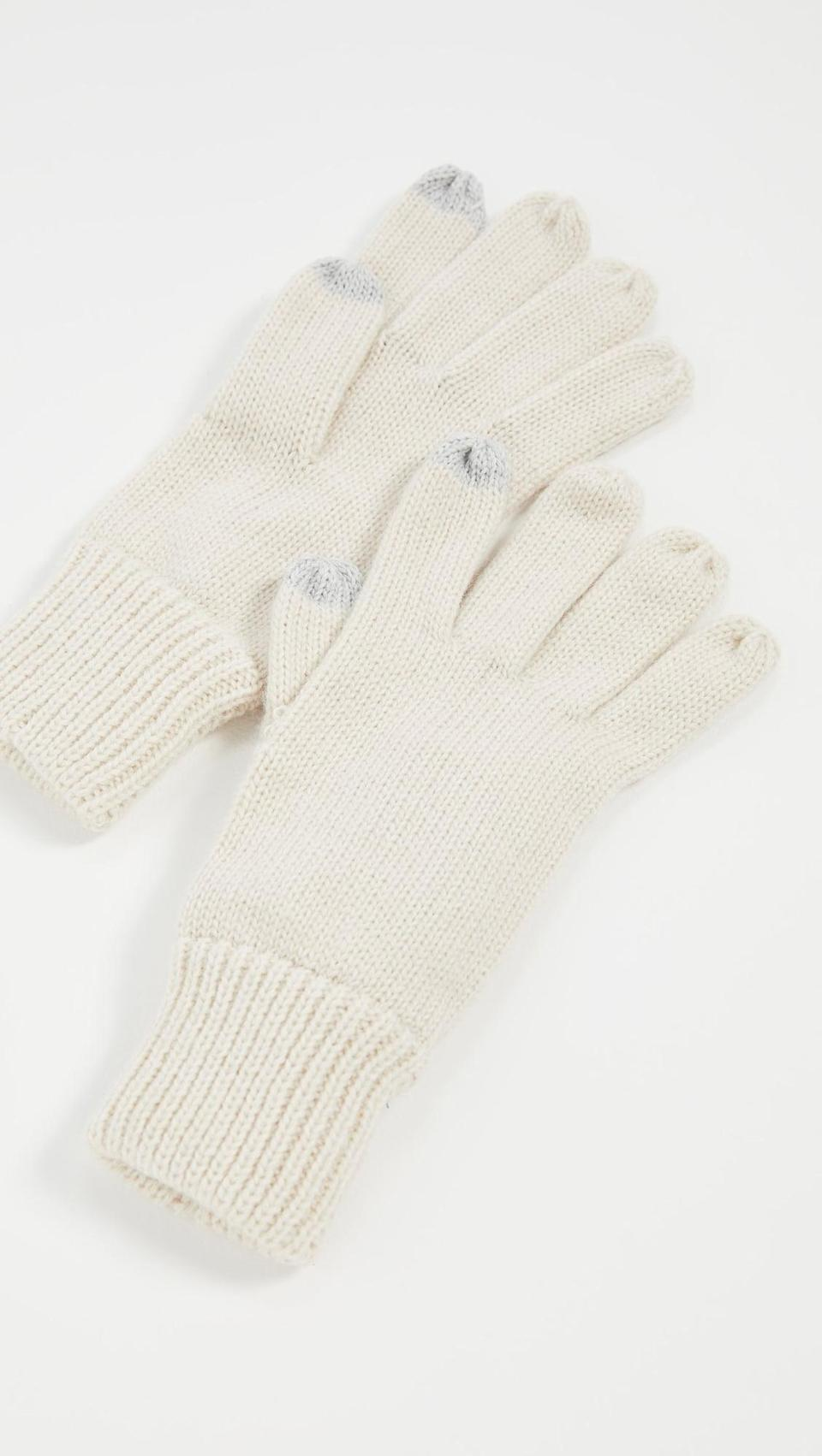 <p>They can text in these <span>Hat Attack Basic Texting Gloves</span> ($45).</p>
