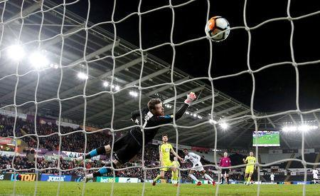 Soccer Football - FA Cup Fourth Round Replay - Swansea City vs Notts County - Liberty Stadium, Swansea, Britain - February 6, 2018 Swansea City's Tammy Abraham scores their fourth goal Action Images via Reuters/Matthew Childs