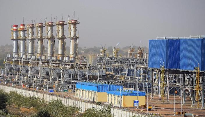 General view of Cairn India, an oil and gas exploration plant, in Barmer, Rajasthan (AFP Photo/Money Sharma)