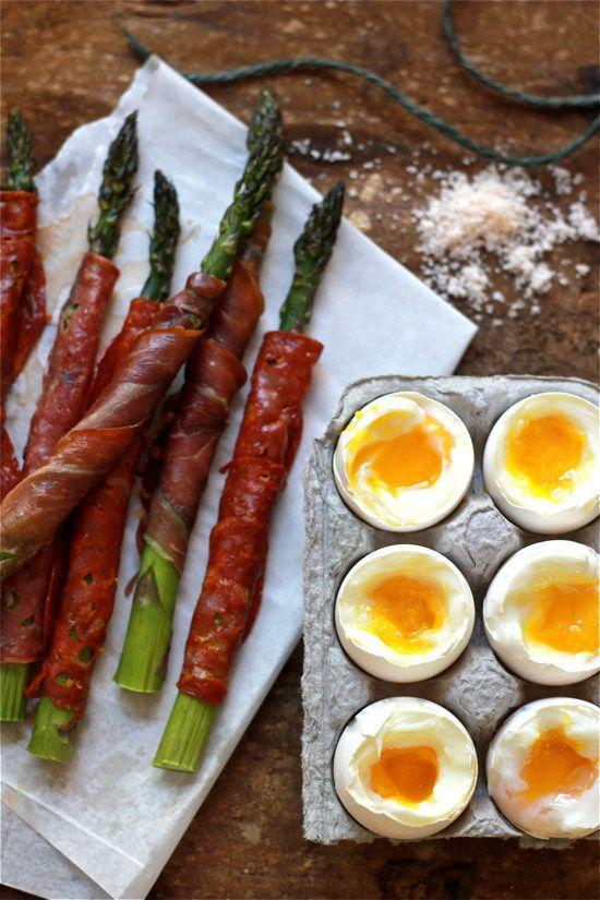 "<strong>Get the <a href=""http://www.theclevercarrot.com/2013/06/soft-boiled-eggs-with-asparagus-soldiers/"" target=""_blank"">Soft-Boiled Eggs with Asparagus Soilders recipe</a>&nbsp;from The Clever Carrot</strong>"