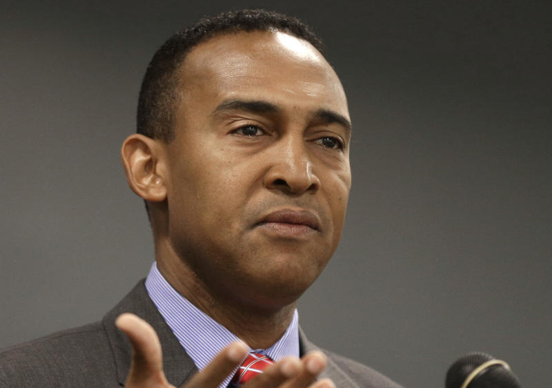 Charlotte mayor faces corruption charges, resigns