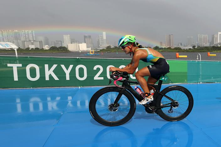 <p>Luisa Baptista of Team Brazil competes during the Women's Individual Triathlon on day four of the Tokyo 2020 Olympic Games at Odaiba Marine Park on July 27, 2021 in Tokyo, Japan. (Photo by Cameron Spencer/Getty Images)</p>