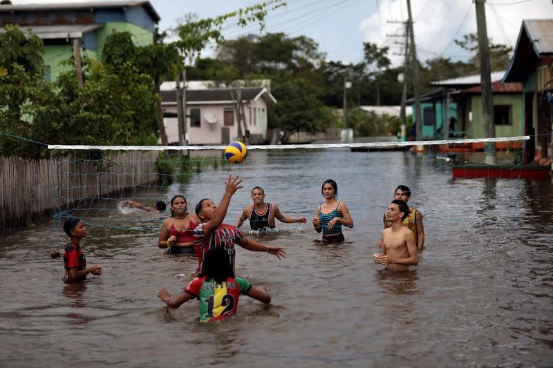 Flooded towns in Amazonas state