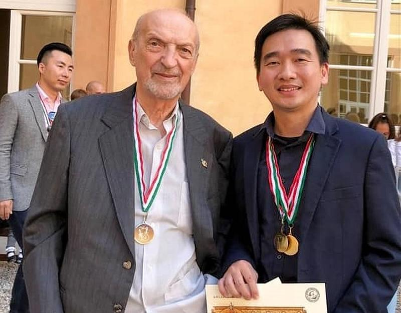 Tan with National Association of Artistic Italian Lutherie (ANLAI) president Gualtiero Nicolini in Sesto Fiorentino, Italy. — Picture courtesy of Tan Chin Seng