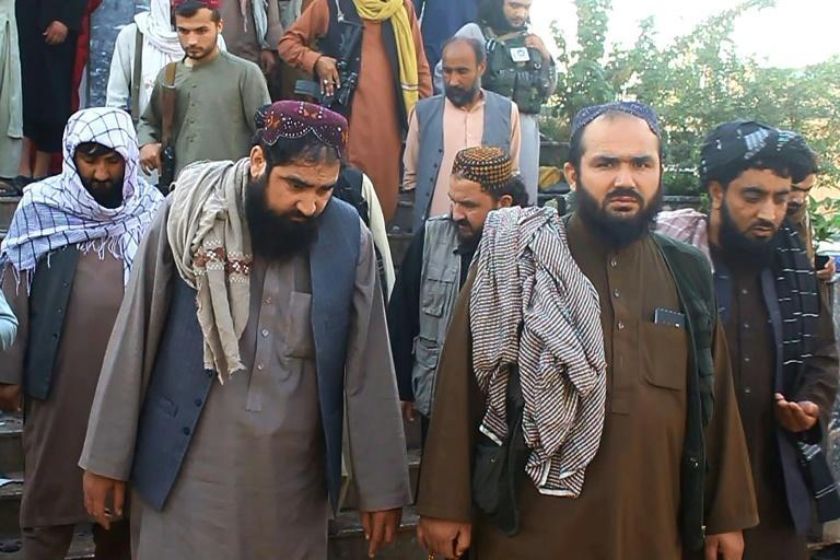 Taliban officials visit the Shiite mosque where more than 60 worshippers were killed in the deadliest attack since US forces left Afghanistan in August (AFP/-)