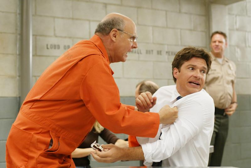 ARRESTED DEVELOPMENT, ('Top Banana', Season 1), Jeffrey Tambor, Jason Bateman, 2003-, TM and Copyright © 20th Century Fox Film Corp. All rights reserved, Courtesy: Everett Collection | ©20thCentFox/Courtesy Everett Collection—©20thCentFox/Courtesy Everett Collection