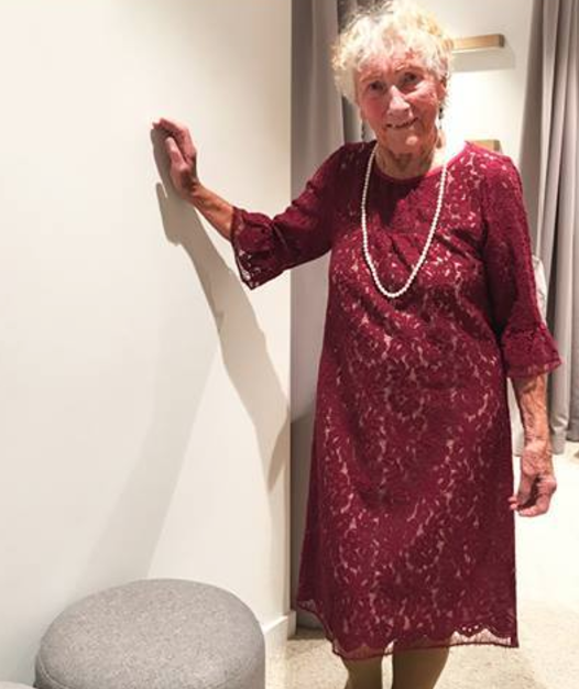 Sylvia Martin, 93, asked the Internet for wedding dress advice. (Photo: Facebook/Birdsnest)