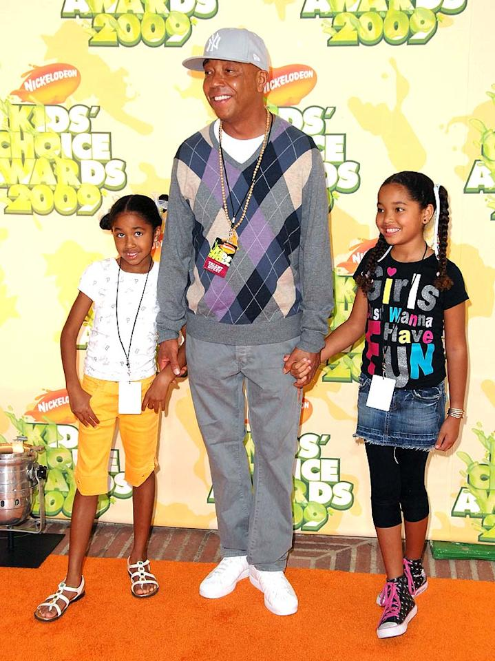 """Russell Simmons attended Nickelodeon's main event with his daughters Aoki Lee and Ming Lee. One of these days we'd love to see the hip hop mogul leave his house without a baseball cap! What is he keeping under it? Steve Granitz/<a href=""""http://www.wireimage.com"""" target=""""new"""">WireImage.com</a> - March 28, 2009"""