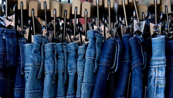 True Life: How I Conquered My Fashion Fear of Buying Jeans