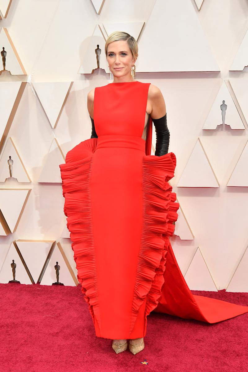 HOLLYWOOD, CALIFORNIA - FEBRUARY 09: Kristen Wiig attends the 92nd Annual Academy Awards at Hollywood and Highland on February 09, 2020 in Hollywood, California. (Photo by Amy Sussman/Getty Images)