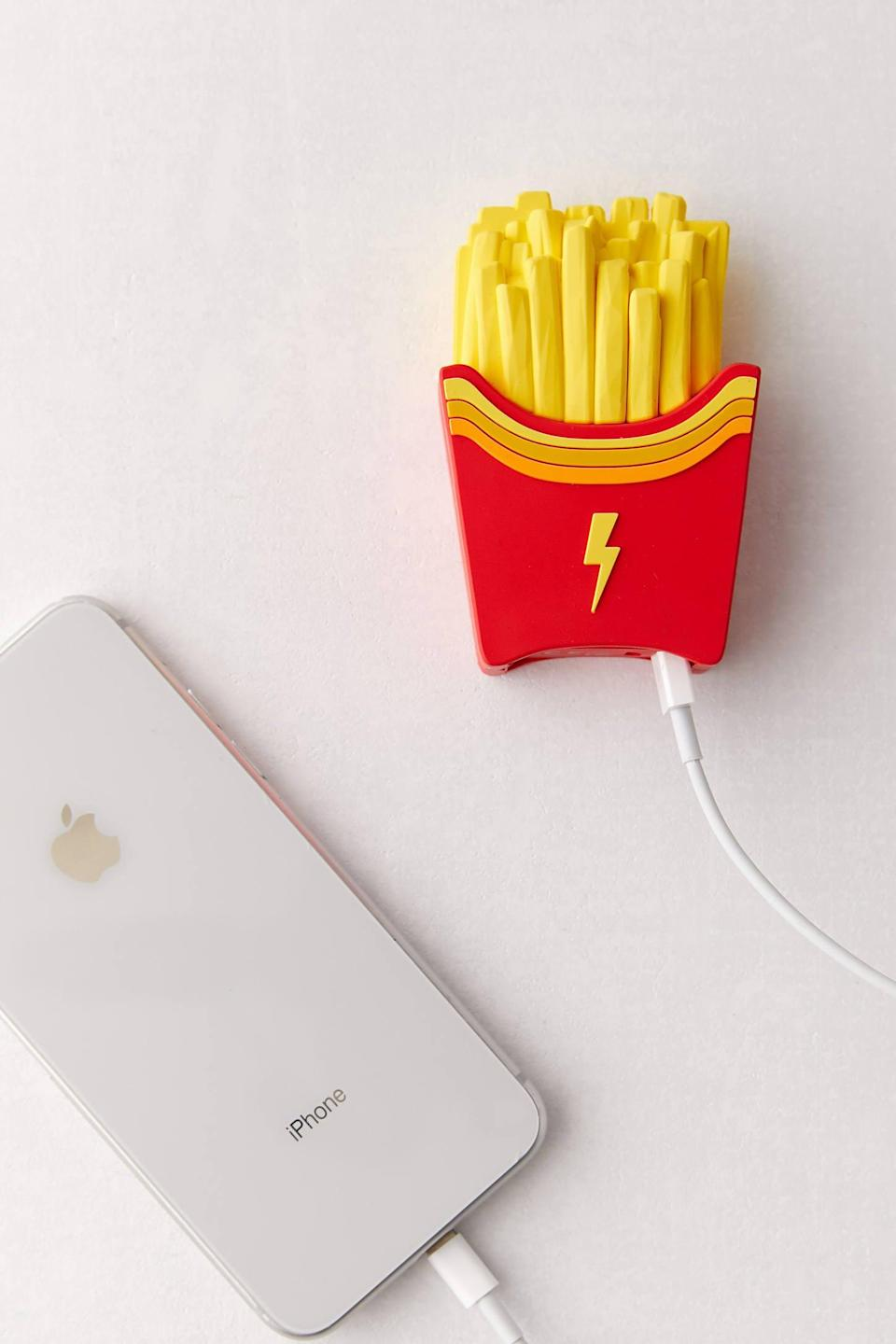 """<p>We all know someone who would love this <a href=""""https://www.popsugar.com/buy/MojiPower-Fries-Portable-Power-Bank-496547?p_name=MojiPower%20Fries%20Portable%20Power%20Bank&retailer=urbanoutfitters.com&pid=496547&price=25&evar1=geek%3Auk&evar9=42737846&evar98=https%3A%2F%2Fwww.popsugartech.com%2Fphoto-gallery%2F42737846%2Fimage%2F46749921%2FMojiPower-Fries-Portable-Power-Bank&list1=gifts%2Choliday%2Cgift%20guide%2Ctech%20gifts%2Cgifts%20for%20men%2Cgifts%20under%20%24100&prop13=api&pdata=1"""" class=""""link rapid-noclick-resp"""" rel=""""nofollow noopener"""" target=""""_blank"""" data-ylk=""""slk:MojiPower Fries Portable Power Bank"""">MojiPower Fries Portable Power Bank</a> ($25).</p>"""