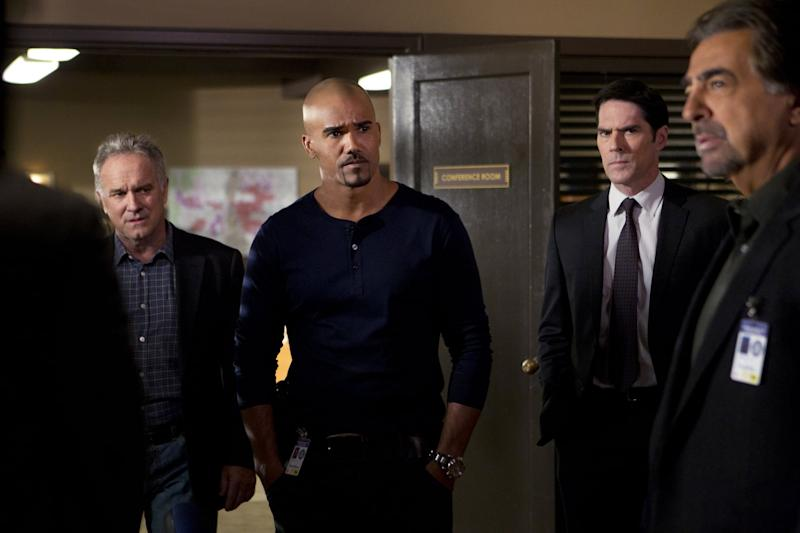 âÂÂAlchemyââ(From left) Local Detective Tom Landry (guest star John Posey) assists Morgan (Shemar Moore), Hotch (Thomas Gibson) and Rossi (Joe Mantegna) when the BAU travels to Rapid City after two male victims are discovered murdered in a ritualistic manner, on CRIMINAL MINDS, Wednesday, May 1 (9:00-10:00 PM, ET/PT) on the CBS Television Network. Photo: Sonja Flemming/CBS é2013 CBS Broadcasting, Inc. All Rights Reserved.