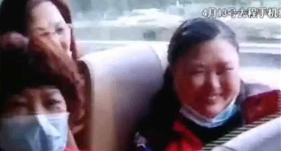Video shows the group in a jovial mood before they arrived at the cemetery. Source: Weibo