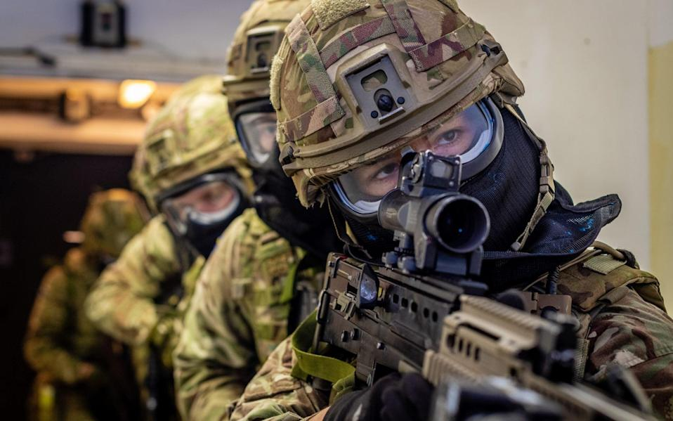 The Royal Scots Dragoon Guards are to set up 11 vaccination centres - Army