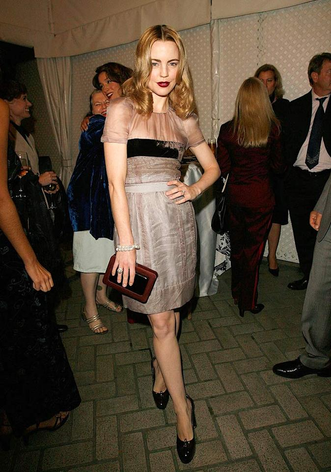 "Australian actress Melissa George attempted to brings some old Hollywood glamour to the bash with her dark red lips and arched eyebrows, but ended up looking more goth. Donetto Sardella/<a href=""http://www.wireimage.com"" target=""new"">WireImage.com</a> - October 15, 2007"