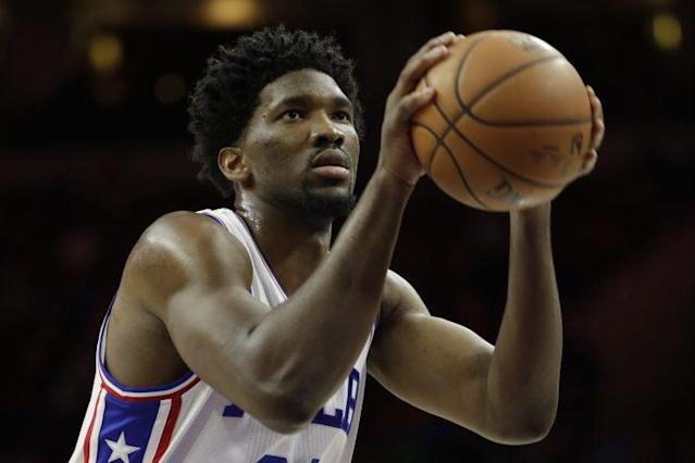 "<a class=""link rapid-noclick-resp"" href=""/nba/players/5294/"" data-ylk=""slk:Joel Embiid"">Joel Embiid</a> topped 25 minutes for only the second time in his NBA career. (Associated Press)"