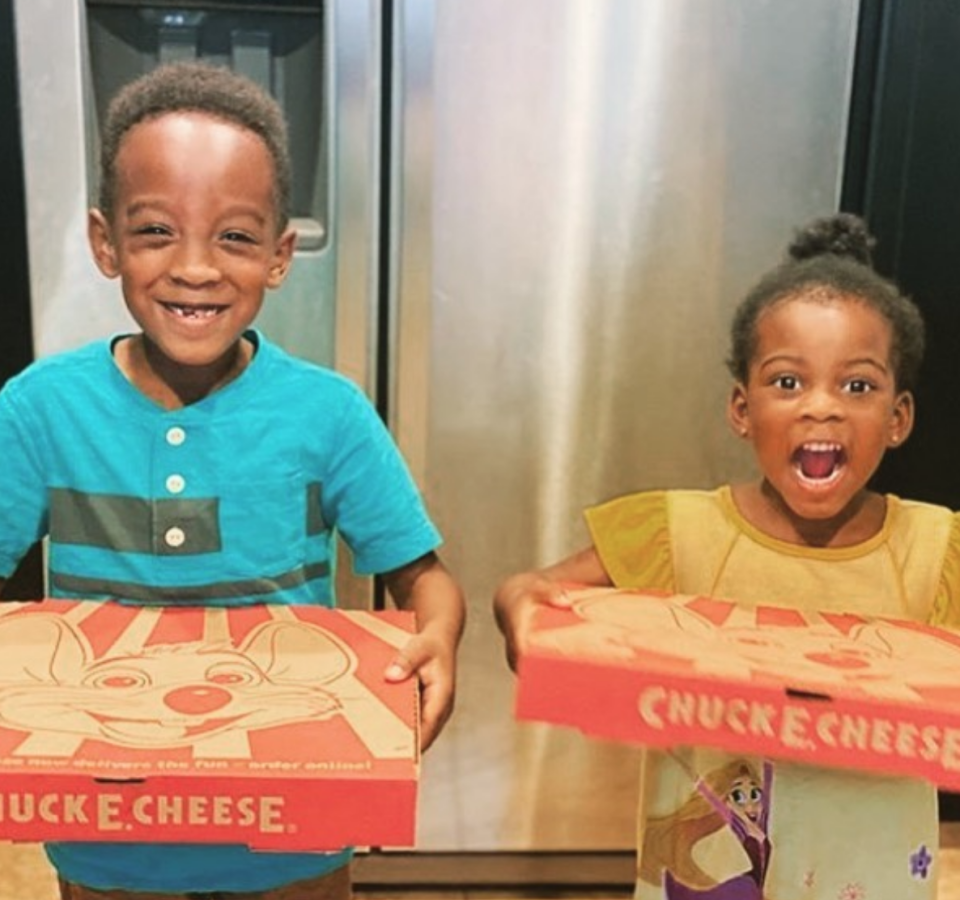 "<p>In 2014, Chuck E. Cheese's parent company announced <a href=""https://www.nrn.com/mergers-acquisitions/chuck-e-cheeses-parent-acquires-peter-piper-pizza"" rel=""nofollow noopener"" target=""_blank"" data-ylk=""slk:plans to acquire"" class=""link rapid-noclick-resp"">plans to acquire</a> Peter Piper Pizza, a relatively small chain that previously was a competitor of the family restaurant. </p>"