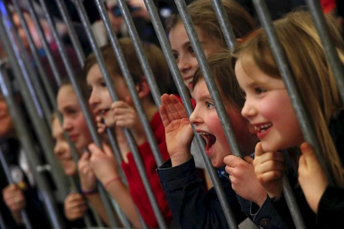 <p>Children react to Democratic presidential candidate Hillary Clinton as she leads a campaign rally at Winnacunnet High School in Hampton, N.H., Feb. 2, 2016. <i>(Photo: Adrees Latif/Reuters)</i></p>