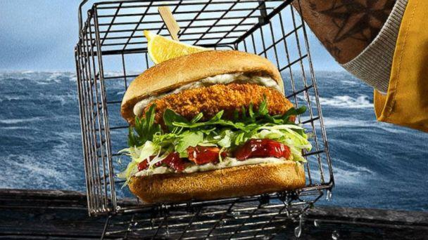 PHOTO: Red Robin's new Wild Pacific Crab Cake Burger. (Red Robin)