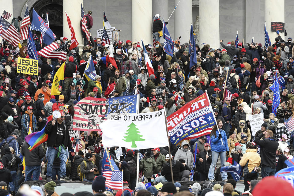 Photo by: JT/STAR MAX/IPx 2021 3/5/21 Feds continue probe between US lawmakers and Capitol rioters. STAR MAX File Photo: 1/6/21 The United States Capitol Building in Washington, D.C. was breached by thousands of protesters during a