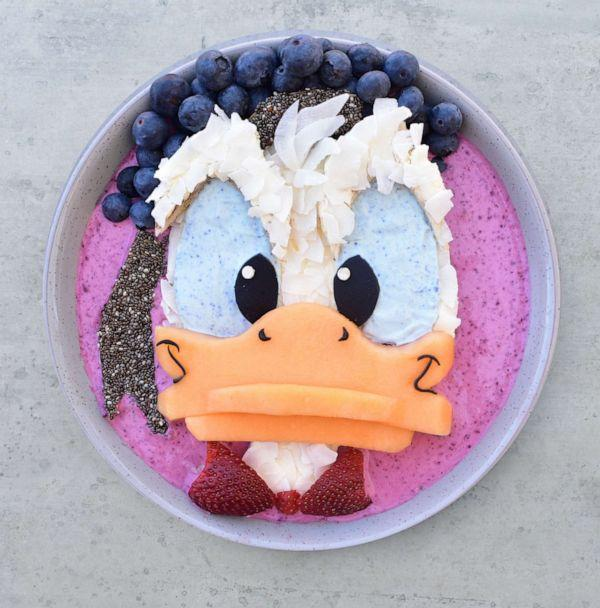 PHOTO: Laleh Mohmedi turned a dragon fruit smoothie bowl into Donald Duck. (Courtesy Jacob's Food Diaries)