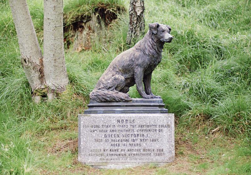 There's a statue of Queen Victoria's collie dog named Noble on the castle's grounds.