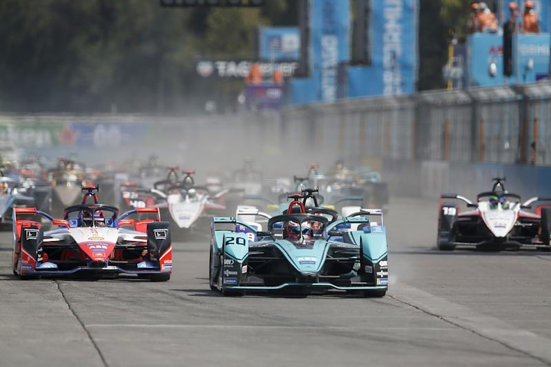 Guenther snatches first win with dramatic late pass