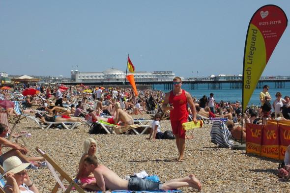 Britain's heatwave to last at least another week