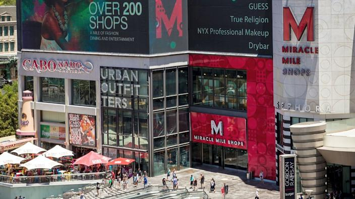 """About half the shops at the Miracle Mile in Las Vegas have reopened. <span class=""""copyright"""">(Erik Kabik)</span>"""