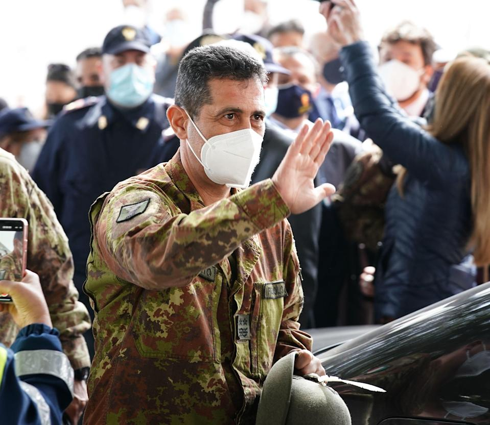 General Francesco Paolo Figliuolo, extraordinary commissioner for the Covid-19 emergency, visiting the Messina vaccination center. (Photo by Gabriele Maricchiolo/NurPhoto via Getty Images) (Photo: NurPhoto via NurPhoto via Getty Images)