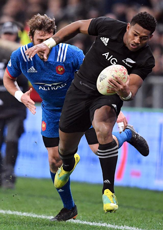Rugby Union - June Internationals - New Zealand vs France - Forsyth Barr Stadium, Dunedin, New Zealand - June 23, 2018 - Waisake Naholo of New Zealand avoids being tackled by Maxime Medard of France. REUTERS/Ross Setford