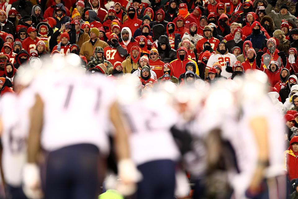 The NFL is investigating after it appears someone in the stands at Arrowhead Stadium was pointing a laser at Patriots QB Tom Brady during the AFC championship game. (Getty Images)