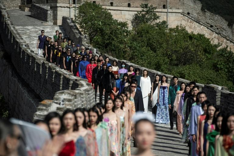 Globalist: In 1979, Cardin became the first French designer to cement links with China
