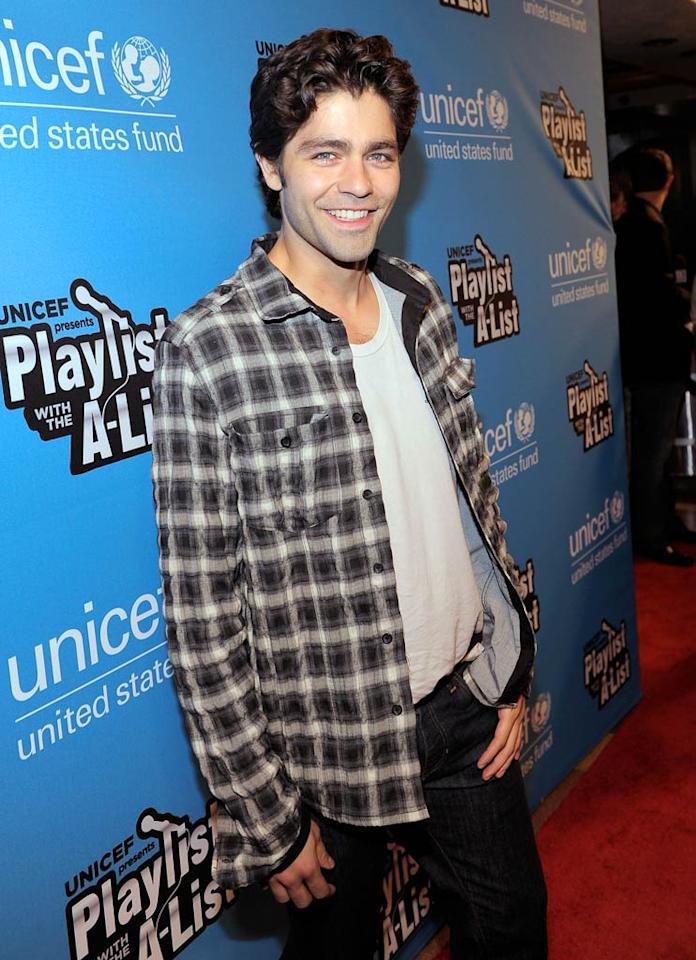 """While he didn't take the stage, Emmanuelle's """"Entourage"""" co-star, Adrian Grenier, was in the house to cheer her on. Charley Gallay/<a href=""""http://www.gettyimages.com/"""" target=""""new"""">GettyImages.com</a> - May 17, 2011"""